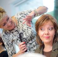 patient tijdens bezoek kapper
