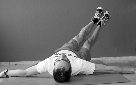 oefening 4 op rug liggend